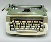 Vintage Royal Sabre Manual Typewriter Portugal In Original Carry Case-GREEN