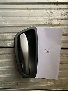 GENUINE BMW 1 SERIES (123D) M SPORT COUPE RIGHT-O/S SIDE INTERIOR HANDLE 6962102