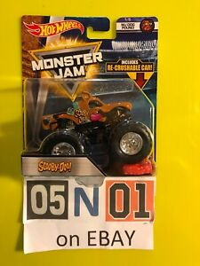 Hot Wheels Monster Jam Scooby-Doo Truck With Re-crushable Car HTF Diecast NEW