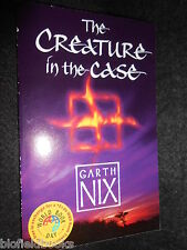 SIGNED; The Creature in the Case - Garth Nix (Paperback, 2005-1st) Fantasy Novel