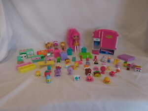 Shopkins So Cool Fridge Playset with 42 Figures Furniture Dolls
