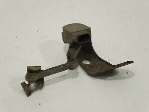 Audi A8 D3 OS Right Rear Suspension Height Level Sensor And Bracket 4E0616572D