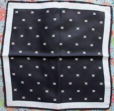 petit foulard carre 42X42 100% soie noir blanc tete de mort skull neuf
