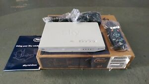 New pace Javelin 12 /230 volt sky satellite receiver for caravan and motorhome