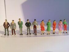 O Gauge people,model railway,trains,standing,female,male,stood,figures