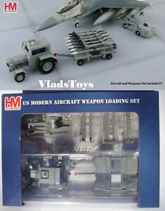 Hobby Master 1/72 Weapon Loading Set Ford Tractor w/Trailer & Lift Truck HD3005B