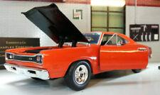 Voitures, camions et fourgons miniatures rouge pour Dodge 1:24