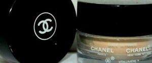 CHANEL Vitalumiere Powder Foundation No.50