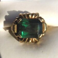 fine old English 9k yellow gold green spinel ring size 5 1/2