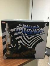 Spider-Man Kraven's Last Hunt Grave Diorama Large Statue