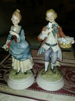 Vintage delicate Lefton China Pair of Colonial Man & Woman Figurines KW5897