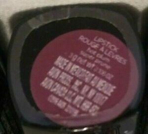 AVON TRUE COLOR perfectly matte lipstick. HOT PLUM. Women/Juniors. NEW.