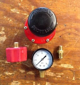 Propane HP  Adjustable Regulator 0-30 Psi Kit with Red QCC Fitting