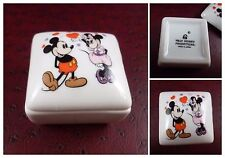 BOITE PORCELAINE CARREE WALT DISNEY PRODUCTIONS. MICKEY MINNIE MADE IN JAPAN