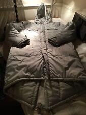 ** nuevo ** Para Hombre ultra elegante abrigo Parka De Invierno Acolchado Esquí Tamaño Mediano.