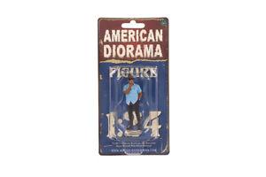 "Weekend Car Show I American Diorama 1:24 Scale Figure Male Man Guy 3"""