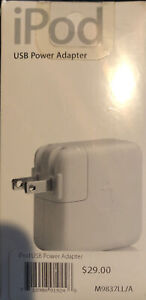 Apple A1102 USB Power AC Adapter for Ipod 1st 2nd 3rd 4th Generation (M9837LL/A)