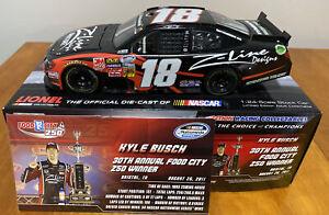 2011 Kyle Busch Z-Line Nationwide Bristol Raced Win Action 1:24 Diecast Car