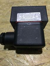 Bühler Technologies Level Switch MKS-1/W-L-24V DC   /  2890999  / Niveauschalter