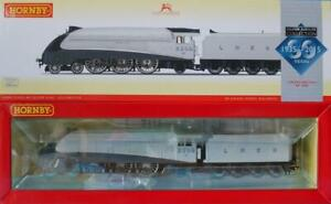 HORNBY R3306 SILVER LINK A4 LOCO from SILVER JUBILEE COLLECTION R3337 LTD EDTION