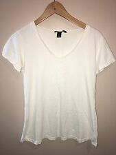 H&M Mama Ladies White Top Size L<NH2228