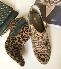 Betts Size 7 Leopard Print Slip On Ankle Boots With Heel.