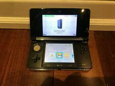 Nintendo 3DS Black WITH 2 GIG MEMORY CARD AND ZELDA PHANTOM HOURGLASS TESTED