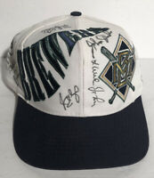 Vintage Milwaukee Brewers MLB Autographed SnapBack Hat Cap Baseball Spellout EUC