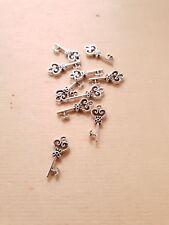10 x Herz Schlüssel Anhänger ♥ Schmuckherstellung Basteln Deko Charms Silber