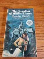 THE GUARDIAN OF WILLOW HOUSE - Dorothy Daniels - 1975 Pocket Books Paperback