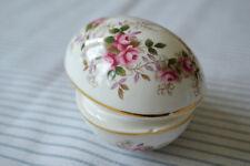 "Royal Albert ""Lavender Roses"" Lidded Egg Trinket in Very Good Condition"