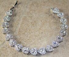 Silver Elegant White Topaz Heart Bracelet WB13008