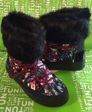 NEW Crocs Tropical/Black LodgePoint Lace-Up Boots US size 7 Faux Fur Trim *RARE*