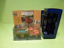 TINTIN HERGE 61 HANOMAG L28 CAMION ROUGE - L'ILE NOIRE 1984 - MINT IN BOX
