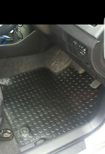 Toyota Prius (3 x Piece) 2012-2015 Fully Tailored RUBBER Car Mats in Black.