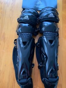 "Adidas Pro Series Catcher's Leg Guards 2.0 - 17"" - Black"