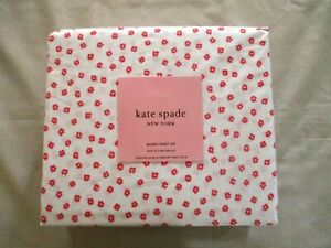 NEW 4pc Kate Spade Queen Sheet Set Contemporary Petite Flowers Red & White