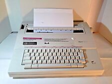 Smith Corona Mark 100 5A Portable Electronic Typewriter with Cover