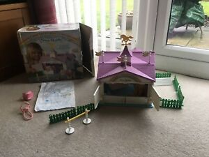 Vintage G1 My Little Pony Boxed Show Stable
