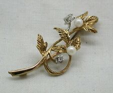 Beautiful Two Colour 9ct Gold Pearl And Diamond Leaf Shaped Brooch