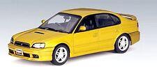 Subaru Legacy B4 1999 berline 4 portes or métallisé  - Autoart - Echelle 1/43