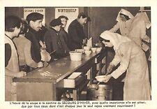 BR55129 Distribution de soupe a la cantine realisations du secors d Hive belgium