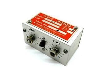 Usado MICRO SWITCH TR4-2 Módulo 15V 50/60HZ 8PIN TR42