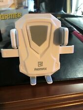 Preowned REMAX Transformer Universal Car Mount Suction Cup RM-C26 White