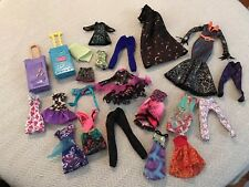 Monster High Doll Clothing Ever After Lot Clothes Dresses Outfits 22pc Trunks