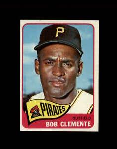 1965 Topps Baseball #160 Roberto Clemente UER STARX 8 NM/MT OC CS77593