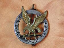 insigne de beret parachutistes s'elever pour vaincre