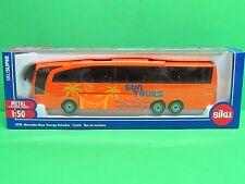 1:50 SIku 3738 Mercedes-Benz Travego Reisebus - Blitzversand per DHL-Paket