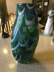 LARGE MALTESE MDINA  GLASS SWIRL VASE IN BLUE, GREEN AND WHITE 13 INCHES TALL