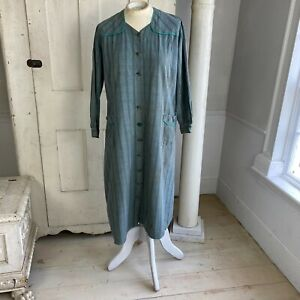 House Dress Vintage French woman's plaid housecoat 1950's clothing work wear